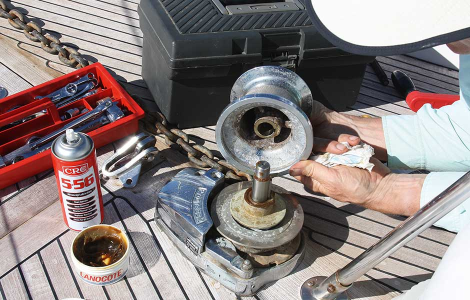 Servicios-para-embarcaciones-mantenimiento